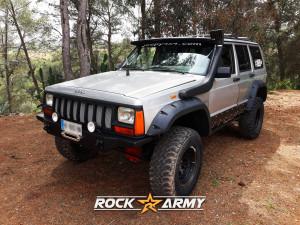 Pare chocs avant acier avec porte treuil intérieur (modèle INT) de marque Rock Army pour Jeep Cherokee XJ